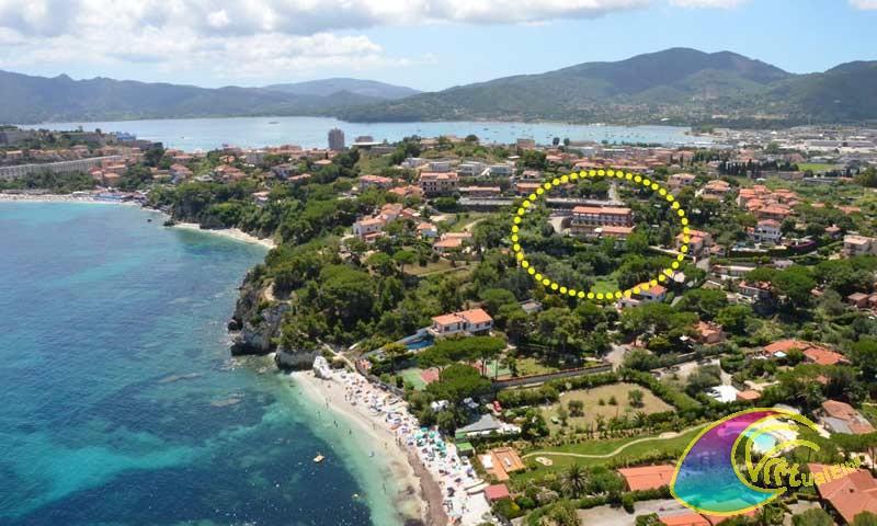 Spiaggia delle Padulella e Hotel Acquamarina