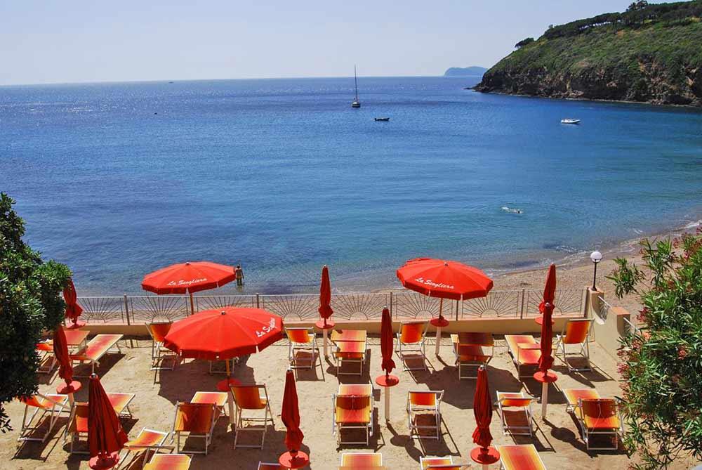Spiaggia Hotel La Scogliera