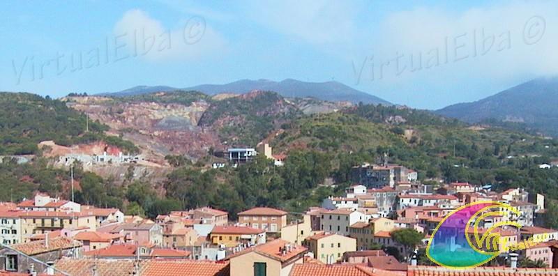 Rio Marina and the mine above