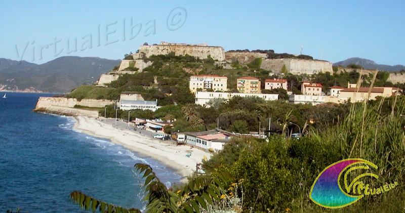 Mura Forte Falcone e la Spiaggia Portoferraio