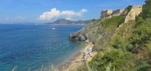Le Viste beach Portoferraio