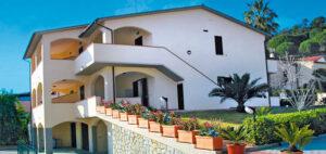 Haus Dini Apartments Marina di Campo